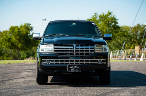 All Class Limo Stretch Suv Lincoln Navigator 3